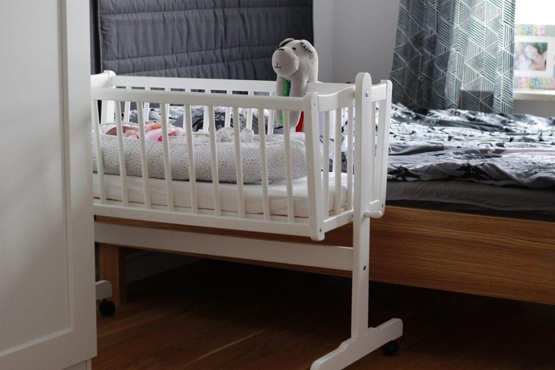 Masywnie Jak urządzić kącik niemowlaka w sypialni rodziców? - MamaCarla.pl ZT33