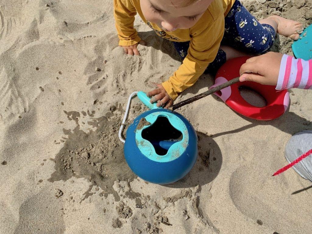 zabawki do piasku i wody quut
