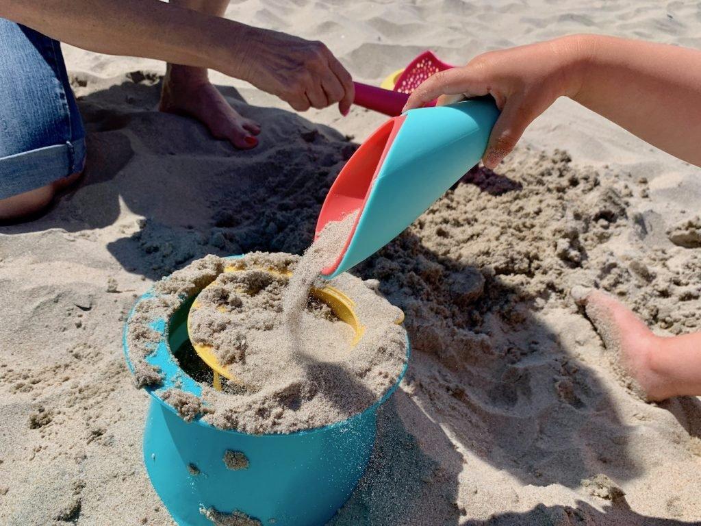 najlepsze zabawki plażowe
