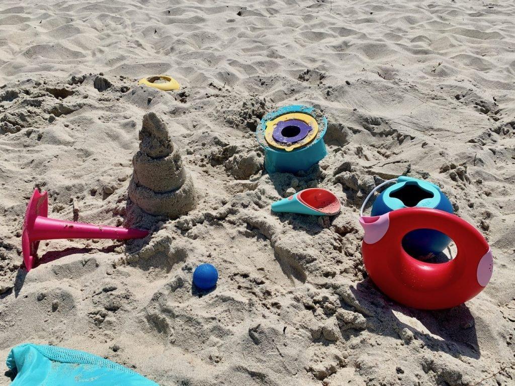 zabawki plażowe quut