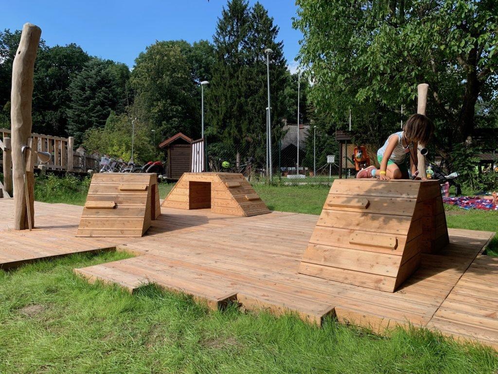 leśny naturalny plac zabaw w powsinie