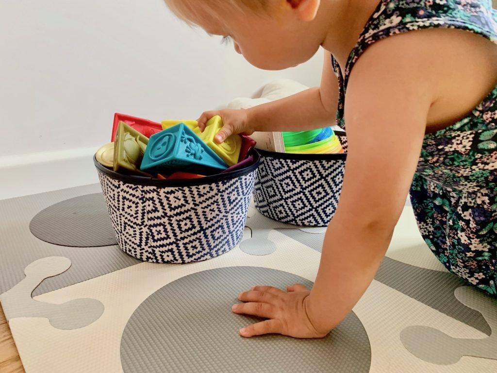 organizacja zabawek w pokoju dziecka