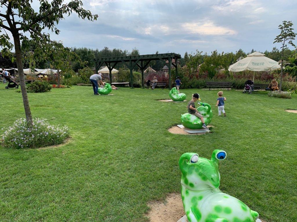 atrakcje dla dzieci w magicznych ogrodach
