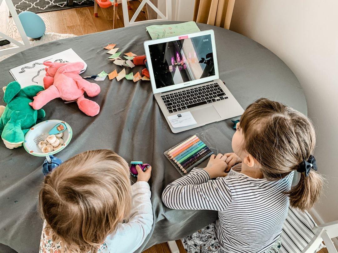 spektakle online dla dzieci