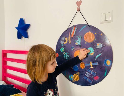 zabawki i książki dla dzieci o kosmosie